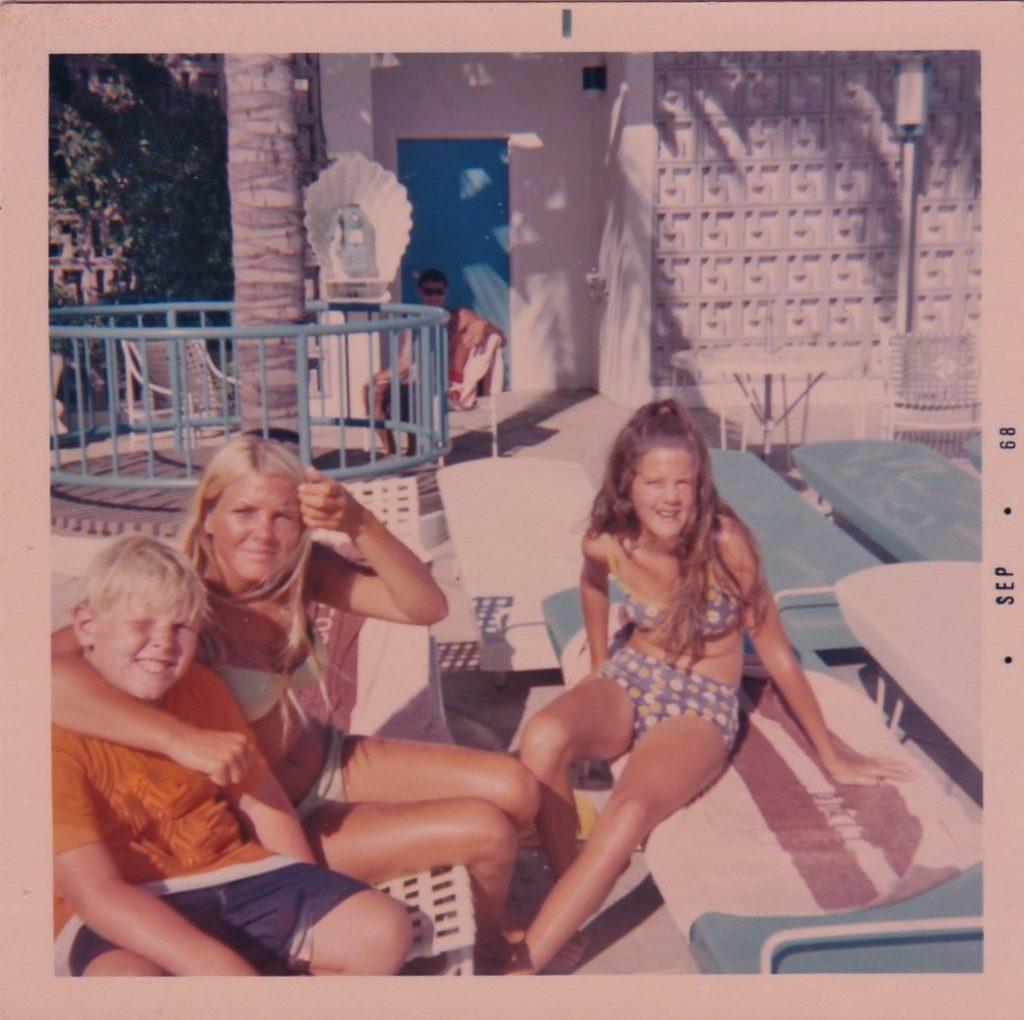 Rusty, Sheri, Shal-Hawaii- Ilikai 1968